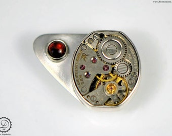 Sky Captain lapel pin - Machinarium Collection