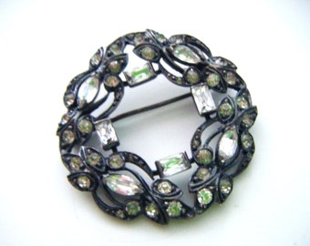 Multi Faceted Rhinestones and Silver Wreath Brooch or Pin
