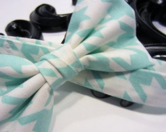 Aqua Houndstooth - Boys Bow Tie - Free Shipping - Light Blue Houndstooth Boys Bow Tie