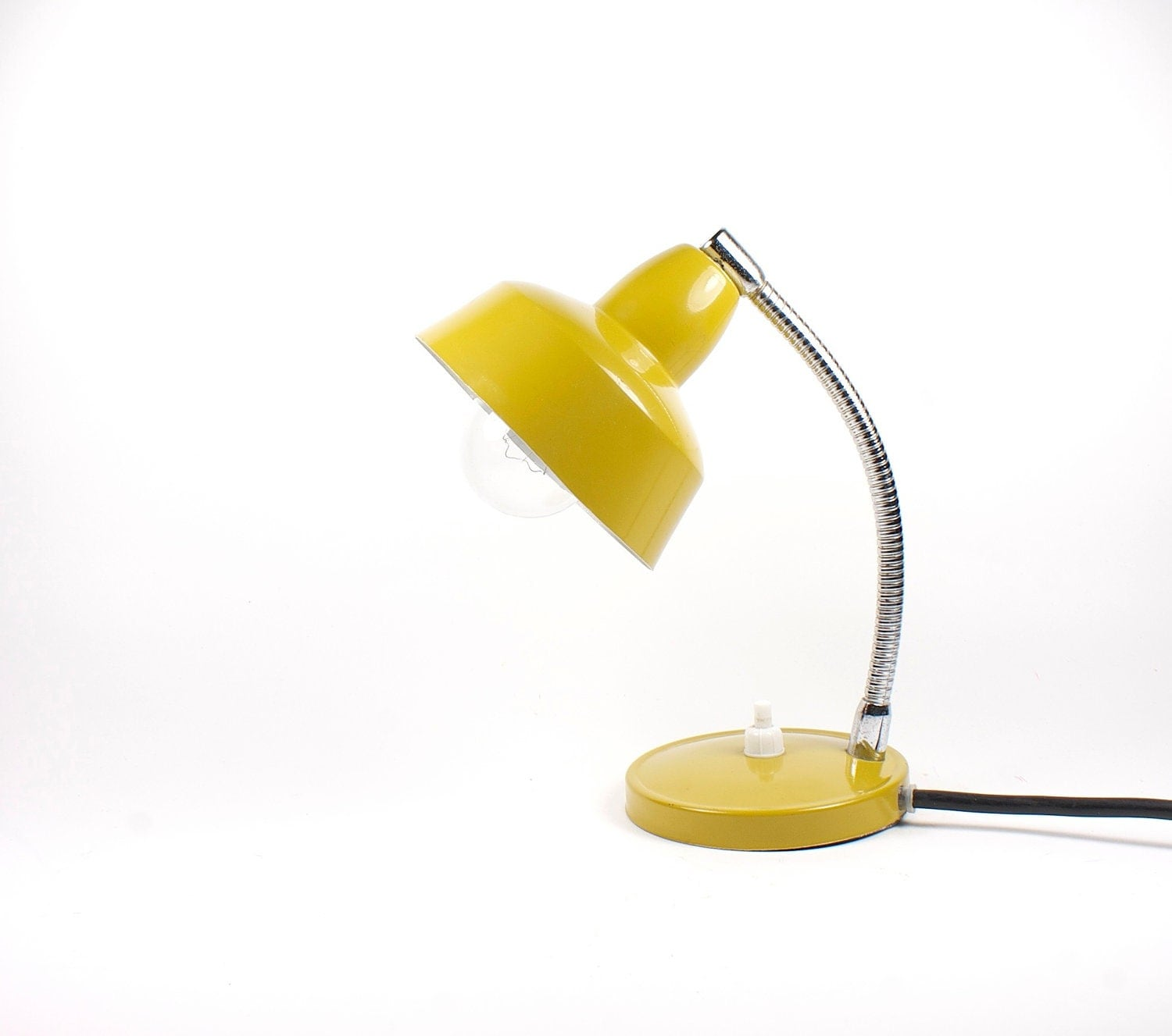 vintage dark yellow mustard table lamp. Black Bedroom Furniture Sets. Home Design Ideas