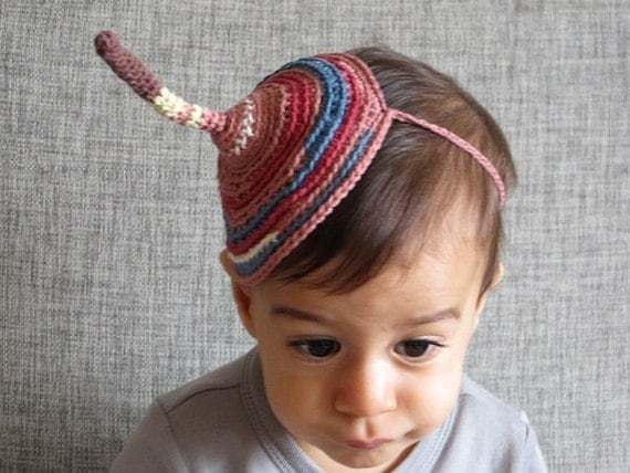 Birthday hat in organic cotton, multicolored hat, hat for kids, ooak hat for all ages, eco friendly hat, organic hat, fun hat.