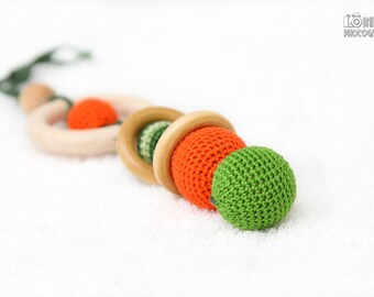 Green and Orange Crochet Teething Toy/Wooden rattle with crochet wooden beads and wooden rings