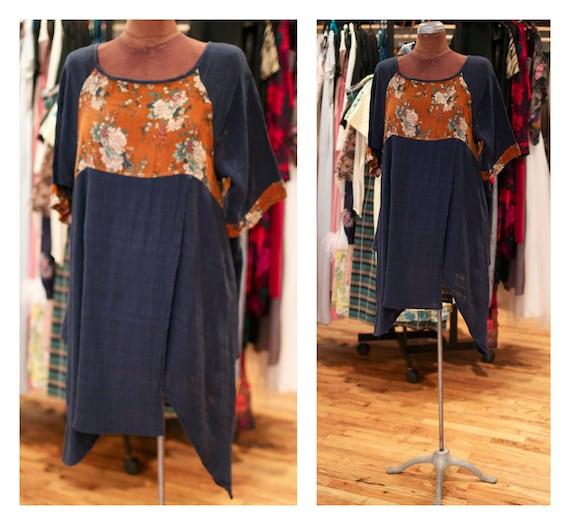 1980s Cotton Floral Print Asymmetrical Hem Light Summer Festival Tunic Mini Dress