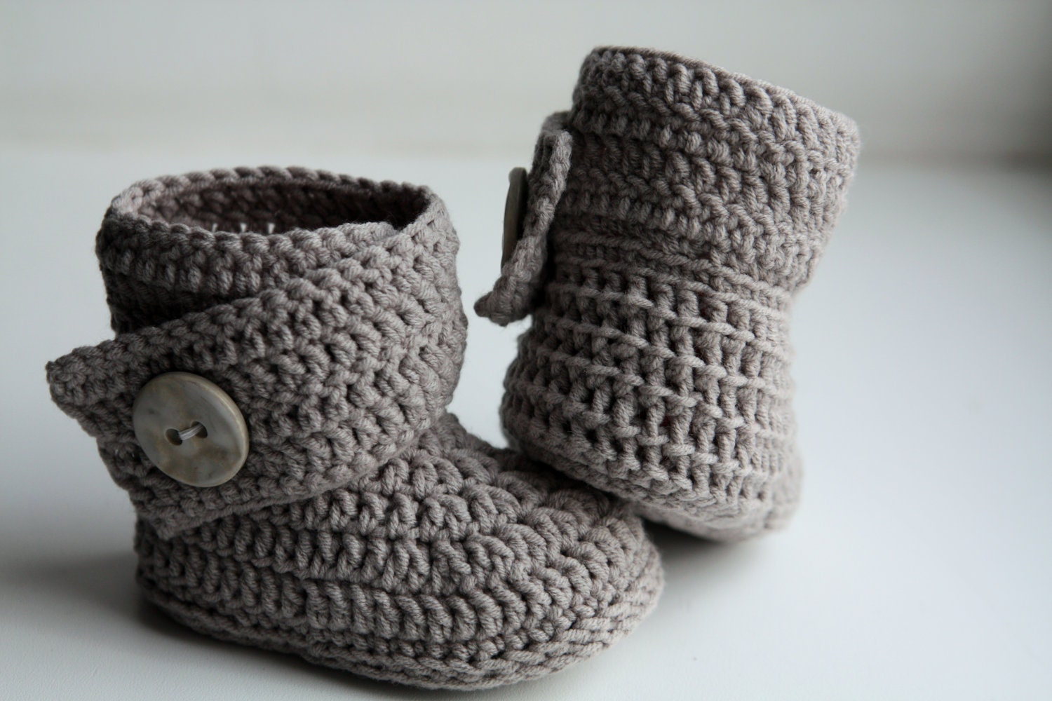 Free Crochet Pattern Baby Ugg Booties : Crochet ugg boot pattern. PDF. This is a PATTERN for crocheted