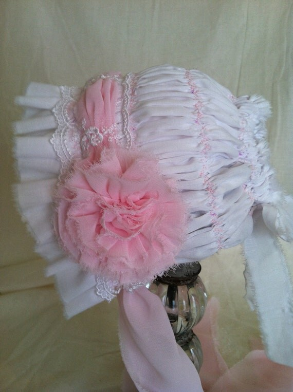 Baby Bonnet,Baby Flower and Lace Bonnet, Newborn Baby Bonnet, Baby Girl bonnet, Flower and Lace bonnet, Pink and White baby bonnet