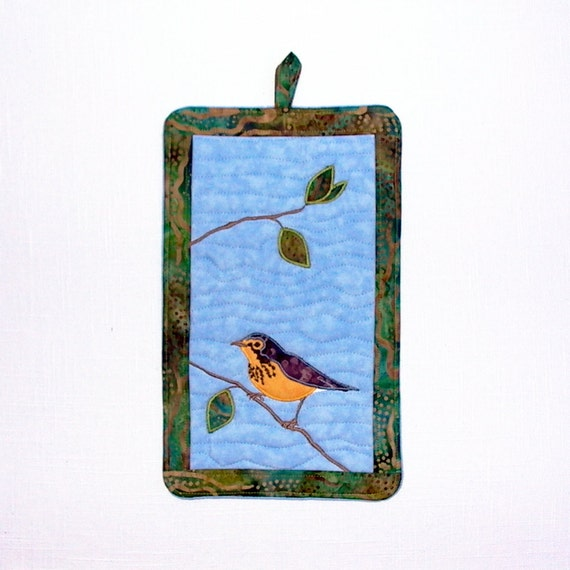 Quilted Pot Mitt with Canada Warbler Applique on Blue Sky Potholder Oven Mitt, Pot Holder