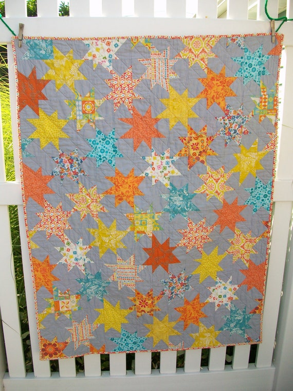 CYBER MONDAY SALE  15% Off Wonky Stars Baby / Crib Quilt