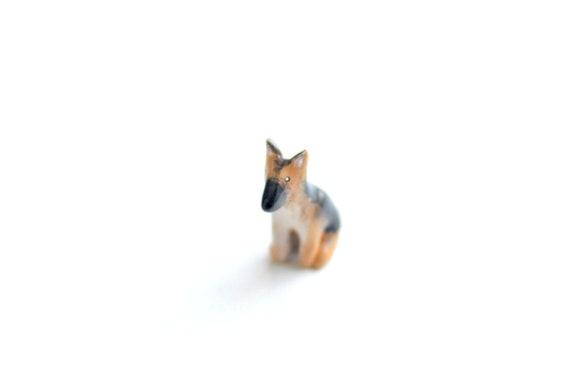 German Sherpherd Animal Figure
