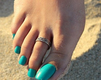 Sterling Silver Butterfly Toe Ring Adjustable toe ring memory toe ring Also knuckle ring (T-24)