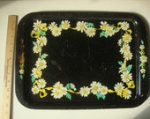 Vintage painted metal serving tray: Flower motif