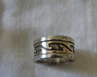Modernist Native American Sterling Silver Ring - Size 8 1/2 U.S.