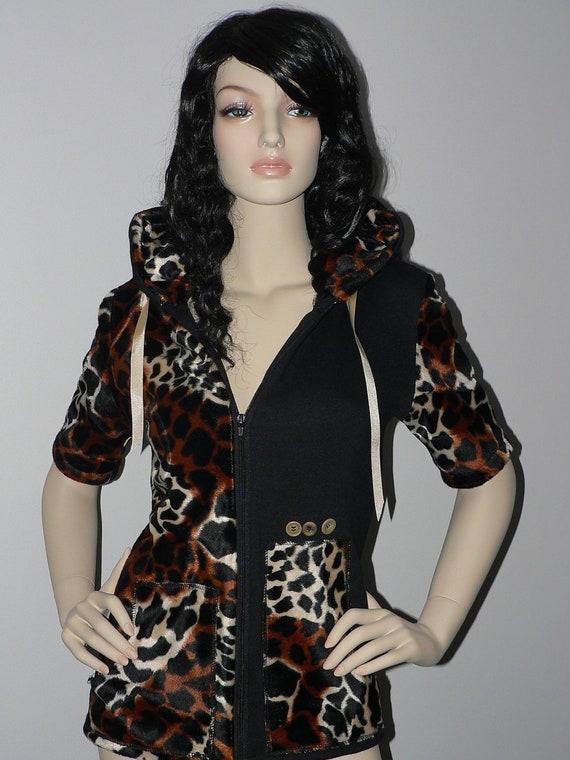 Black Hoodie, Woman Hoodie, Black Sweatshirt, Woman sweatshirt, Zip hoodie, Zip sweatshirt, leopard sweatshirt, leopard hoodie