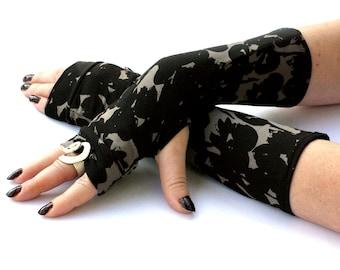 Grunge Camo Arm Warmers ,  Fingerless Gloves  -  grange, military  , cuffs , black gloves ,  Gothic ,  Steampunk  , modern , hand warmers