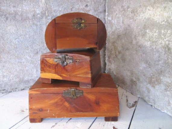 Three Wooden Boxes / 3 Small Vintage Cabin Cedar Wood Storage Containers / Brown Metal Hinged Trinket  Holders / epsteam
