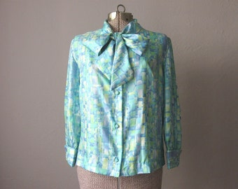 1960s Vintage Blouse Silk Blue 60s Blouse Mad Men 36 Bust / Small