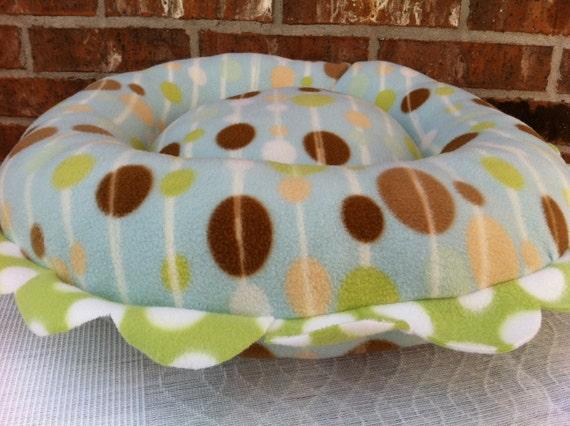 SALE Dog Bed- Round, 'Retro Dots'