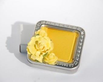 Altered Altoid Tin - Altered Tin Box - Altoid tin - Yellow