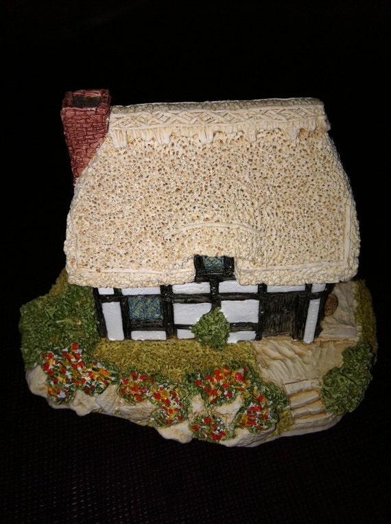 Riverview Lilliput Lane minature cottage 1987