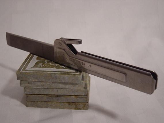 Vintage Buck Steelmaster 137 knife sharpener steel tool