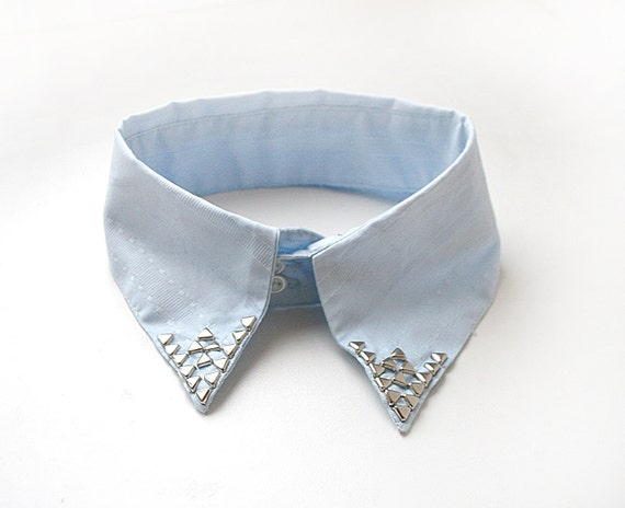 Light Blue Collar with Silver Triangle Studs