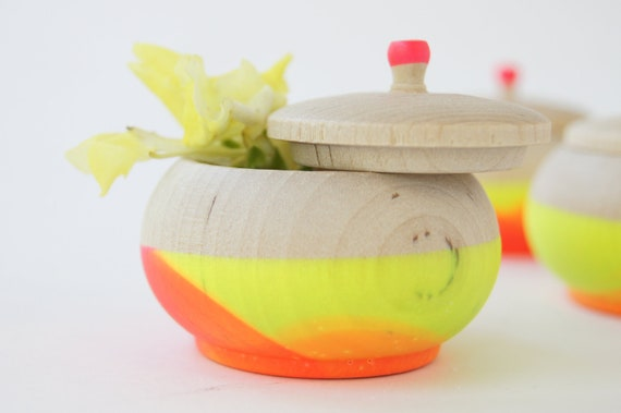 Mini Treasure Pot, Neon Pink and Yellow Swirl:  Wedding Decor, Engagement, Special Jewelry Box, Toothfairy, Stocking Stuffers