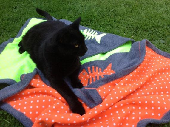 Cat blanket - neon