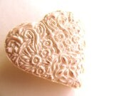 Brooch Polymer Clay / Handmade Victorian Style Heart / Ivory Cotton Lace / Bag Accessory for Women / Autumn Bridal Jewelry / Pastel Pink