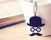 Incognito - Mustache necklace geekery