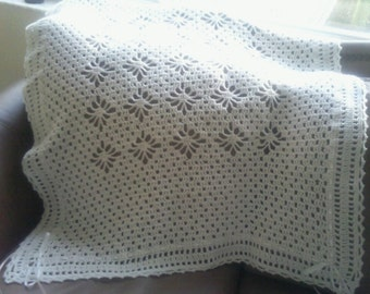White crochet vintage lacy treasure christening baptism baby blanket -