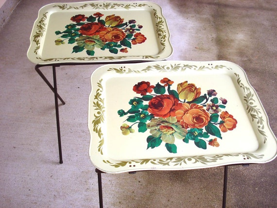 2 Vintage Metal Collapsable Tv Dinner Trays