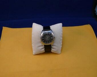 "USSR ""POLJOT""  (Flight) wrist watch 1960  unusual green dial rare 17 jewels VERY very good condition"