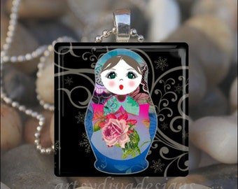 RUSSIAN NESTING DOLL Matryoshka Babushka Russian Stacking Dolls Glass Tile Pendant Necklace Keyring - Design 1