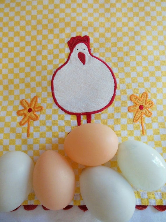 EMBROIDERED DISHCLOTH *  Country Kitchen *  Cottage * Kitchen * Hen * HAPPY Chicken Kitchen Towel