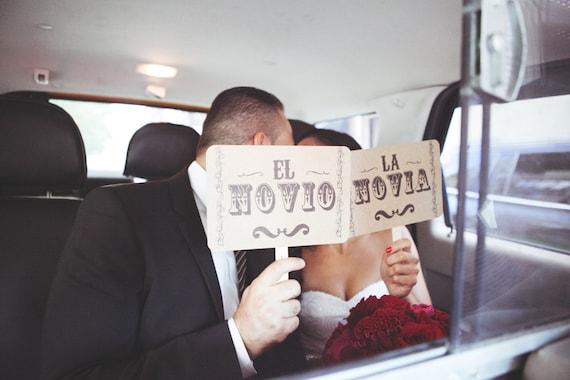 my ORIGINAL La Novia El Novio Recien Casados-Mexican Wedding -Spanish Wedding Double Sided Photo Booth Props Sign on Kraft Paper - Set of 2