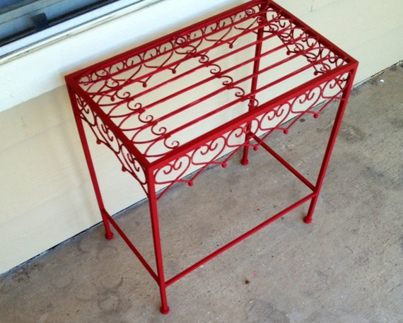 TREASURY LIST ITEM   Red Iron Table//Plant Stand