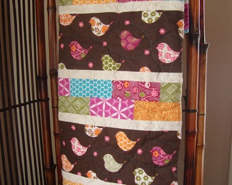 ON SALE! Patchwork baby quilt-birds and bricks