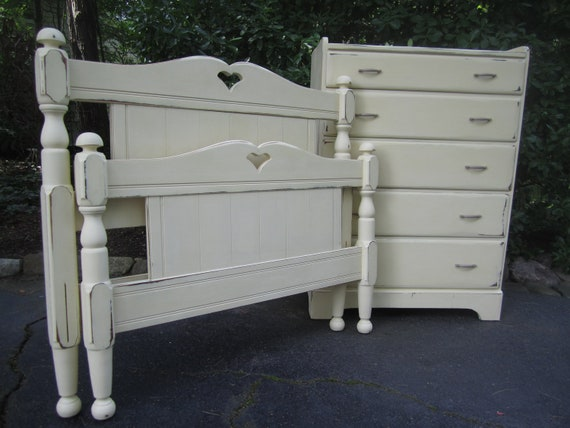 Twin bed frame and matching dresser for Matching bed and dresser