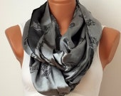 Infinity Scarf Shades of Gray - Ottoman Dianthus Figure