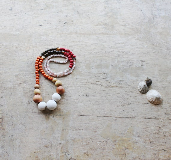 ADJOA - Beaded necklace - Lost and Found