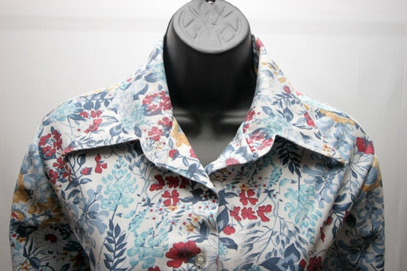 Women's Vintage Shirt Blue White Red Polyester Floral Ladies Plus Size Top