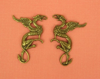 Pair Medievel Style Griffin in Ox Brass - 42x38mm- Mythical Monster - Gothic Gryphon Griffon  BD82