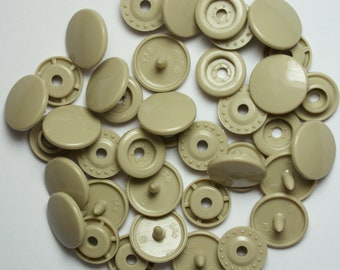100 Sets Tan (B-25) KAM Plastic Resin Snaps For Crafts, Baby, Clothes, Bibs, Diapers and Scarves