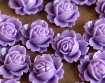 CLOSEOUT - 20 pc. Lavender Blooming Lotus Cabochons 18mm x 16mm - RES-170