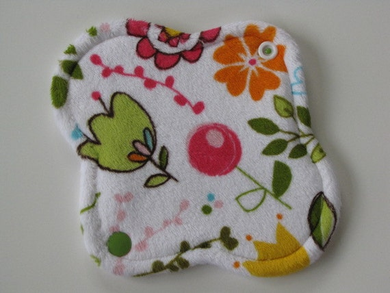 Reusable Mama Cloth Menstrual Pad 6.5 inch Minky Pantyliner Light Pad Happy Sunny Flowers