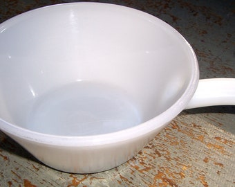 Vintage Bowl, Fire King, Anchor Hocking, Soup Bowl, White, Handle, Smooth Finish, Milk Glass Bowl