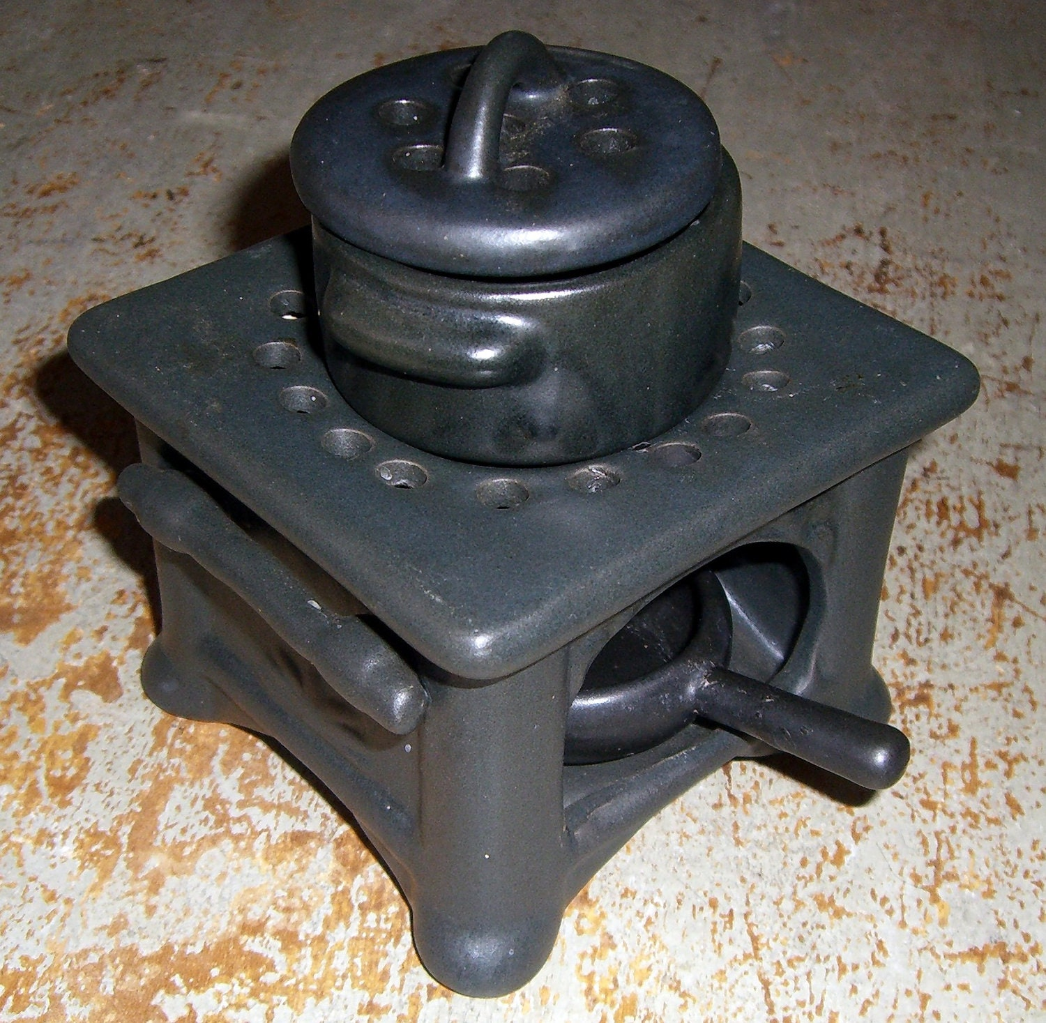 Mini Candle Stove: Candle & Tart Burner Old Black Stove