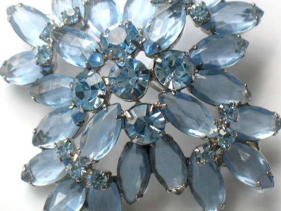 Juliana Blue Rhinestone Brooch Delizza and Elster Vintage Pin High Fashion Flower