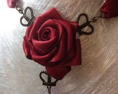 Royal Rose Gothic Necklace