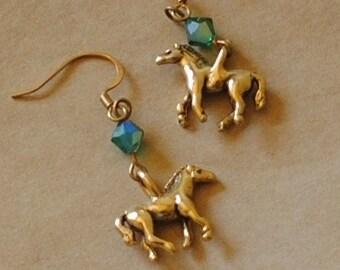 Emerald horse earrings