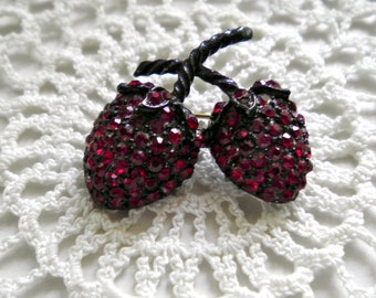 Vintage Rhinestone Red Strawberry Pin  glossy black Japanned enamel